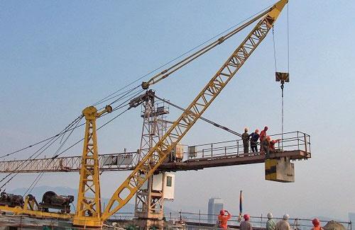 塔吊滑钩现象原因分析及回转支承装置维护保养